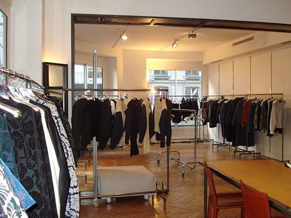 Showroomby - Un espace évènementiel unique en plein coeur de Paris : Collection de vêtement Mode