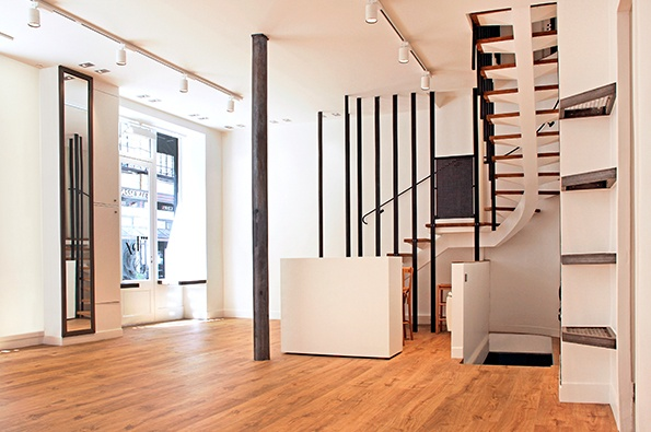 Showroomby - Un espace évènementiel unique en plein coeur de Paris : Espace boutique vu de l'entrée